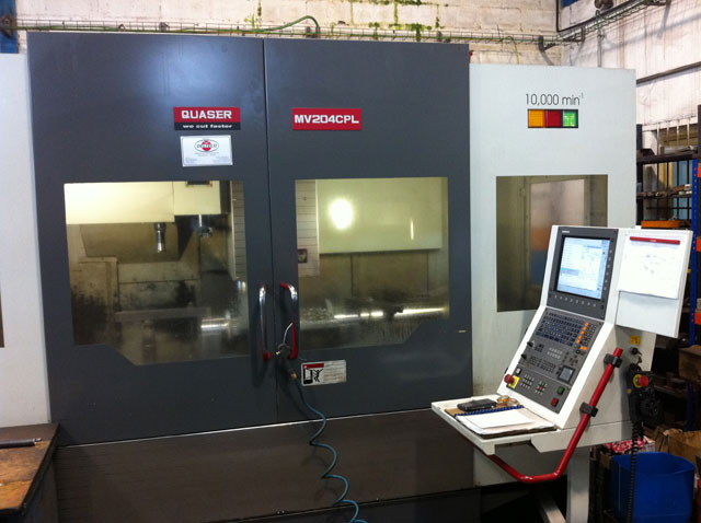 Quaser MV204CPL machining center